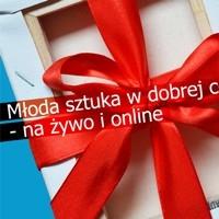 Młoda polska sztuka jest coraz popularniejsza nie tylko wśród początkujących kolekcjonerów. Jest świeża, zaskakująca, obiecująca, a przy tym niedroga. Warto obserwować wydarzenia promujące twórczość absolwentów uczelni artystycznych – jedną z takich imprez są Świąteczne Targi Sztuki, które już w tym tygodniu po raz drugi odbędą się równocześnie w centrum Krakowa i w internecie.