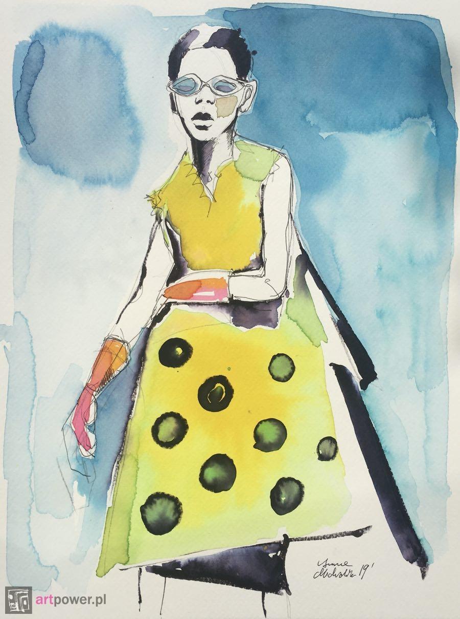 Kobieta w żółtej sukience